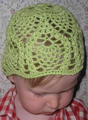 Описание: летние шапочки детские крючком схемы.